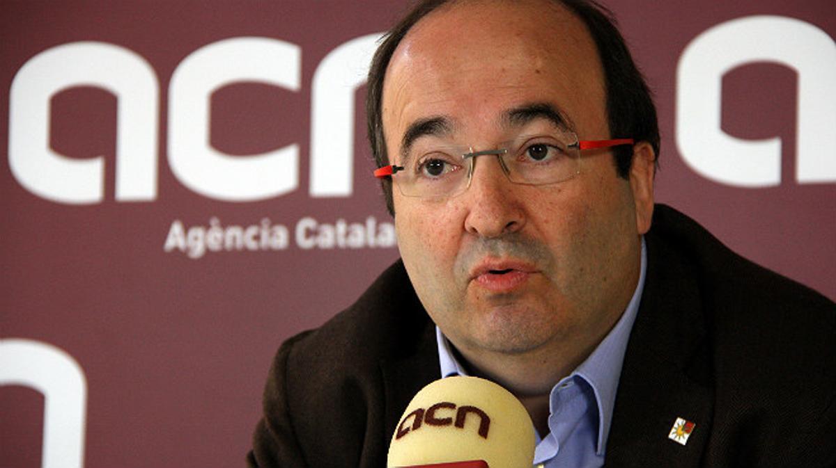 Iceta ofrece al Govern el apoyo del PSC para pactar otra consulta si fracasa el 9-N.