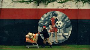Imagen del documental 'This is football' que se estrena en Amazon Prime Video el próximo 2 de agosto.