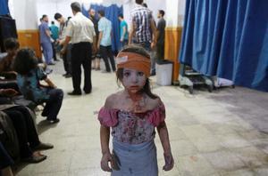 Una niña tras un bombardeo en Siria. Una de las imágenes ganadoras en el World Press Photo 2016.