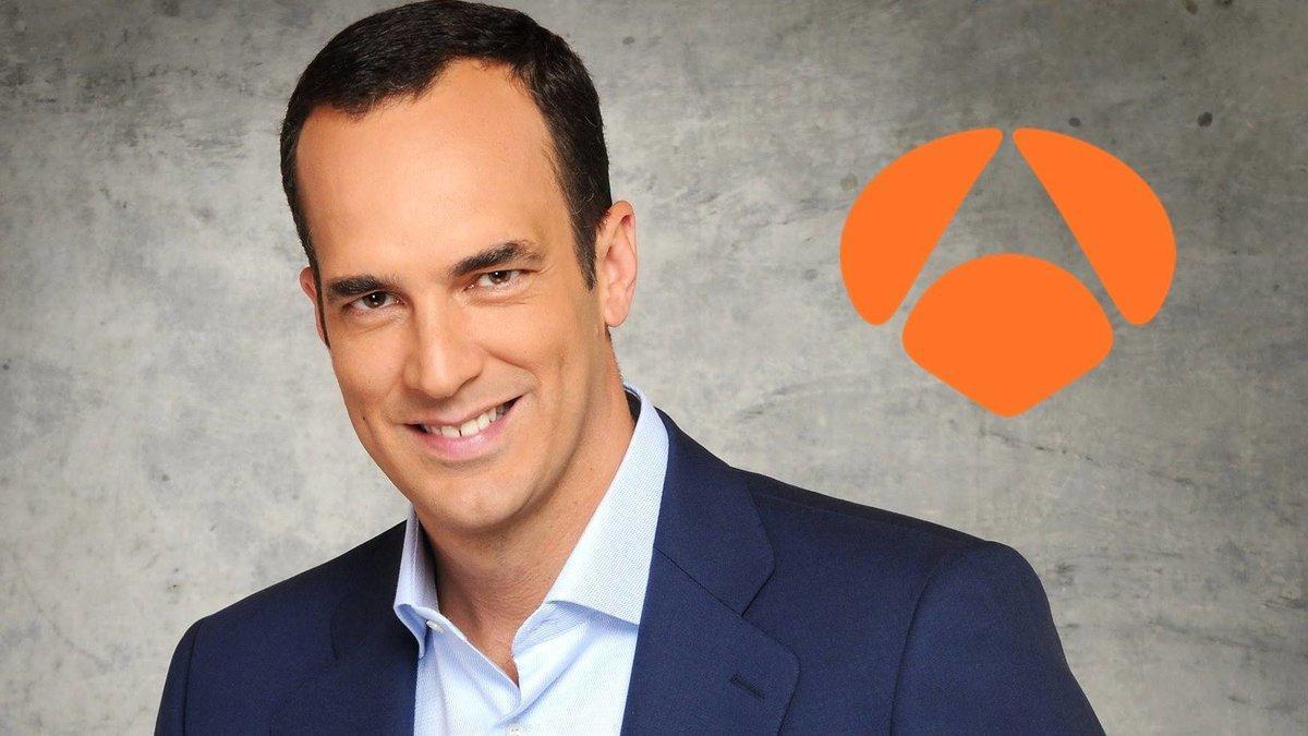Santi Acosta, el presentador del nuevo programa de Antena 3.