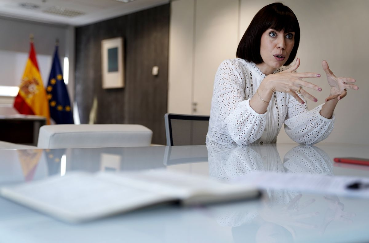 Diana Morant, ministra de Ciencia e Innovación, en su despacho en Madrid.
