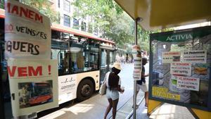 Veïns de Barcelona reuneixen 4.000 firmes perquè no desaparegui el bus 41