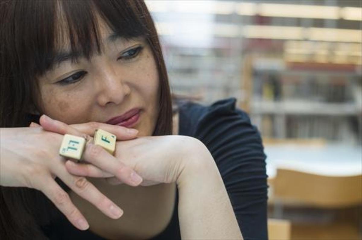 "Sayaka Kamikariya: ""He après català  jugant a Scrabble"""