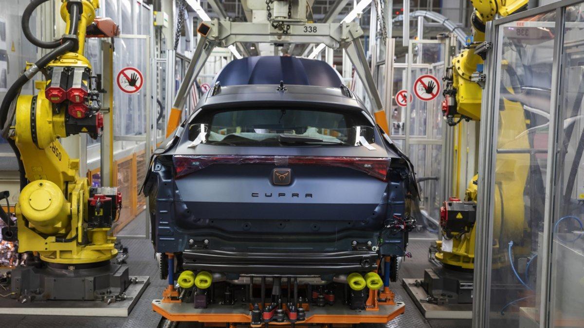 Línea de producción del Cupra Formentor en Martorell.