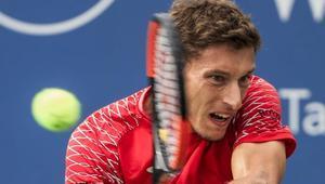 Pablo Carreño venció a Peter Gojowzcyk.
