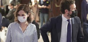 Isabel Díaz Ayuso y Pablo Casado, en una conferencia el 7 de septiembre en Madrid.
