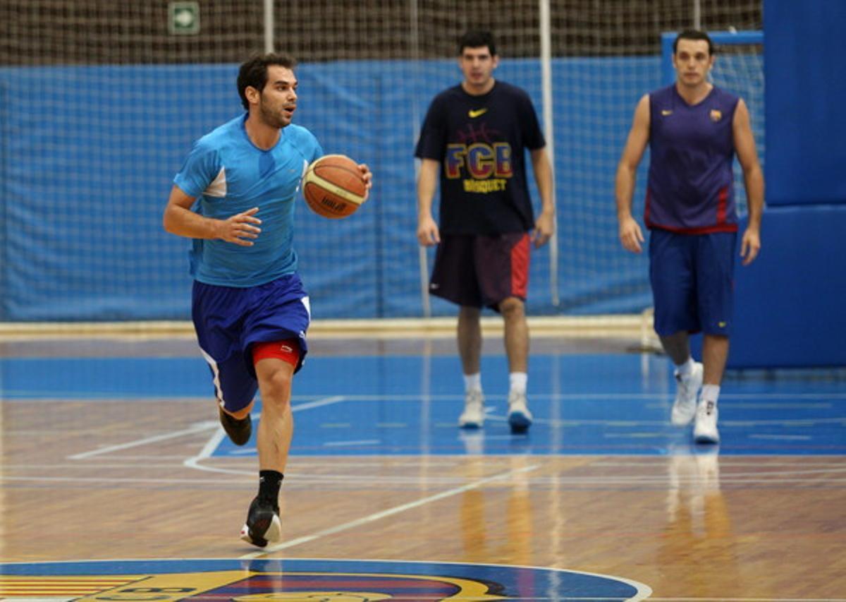 Juan Manuel Calderón se entrena con el Barcelona Regal B.