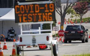 Módulo de pruebas de COVID-19 enArlington, Virginia, en los EEEUU.