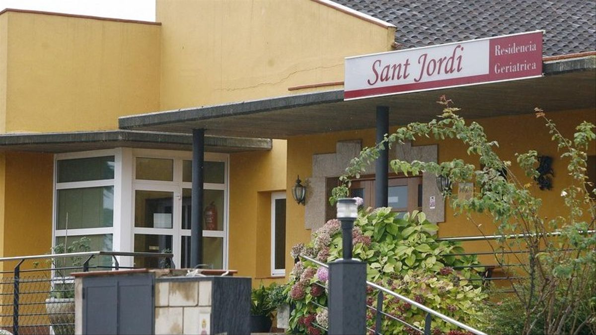 Exterior de la residencia geriátrica Sant Jordi de Celrà.