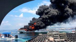 Un incendio en un catamarán de pasajeros deja varias personas heridas en Pontevedra