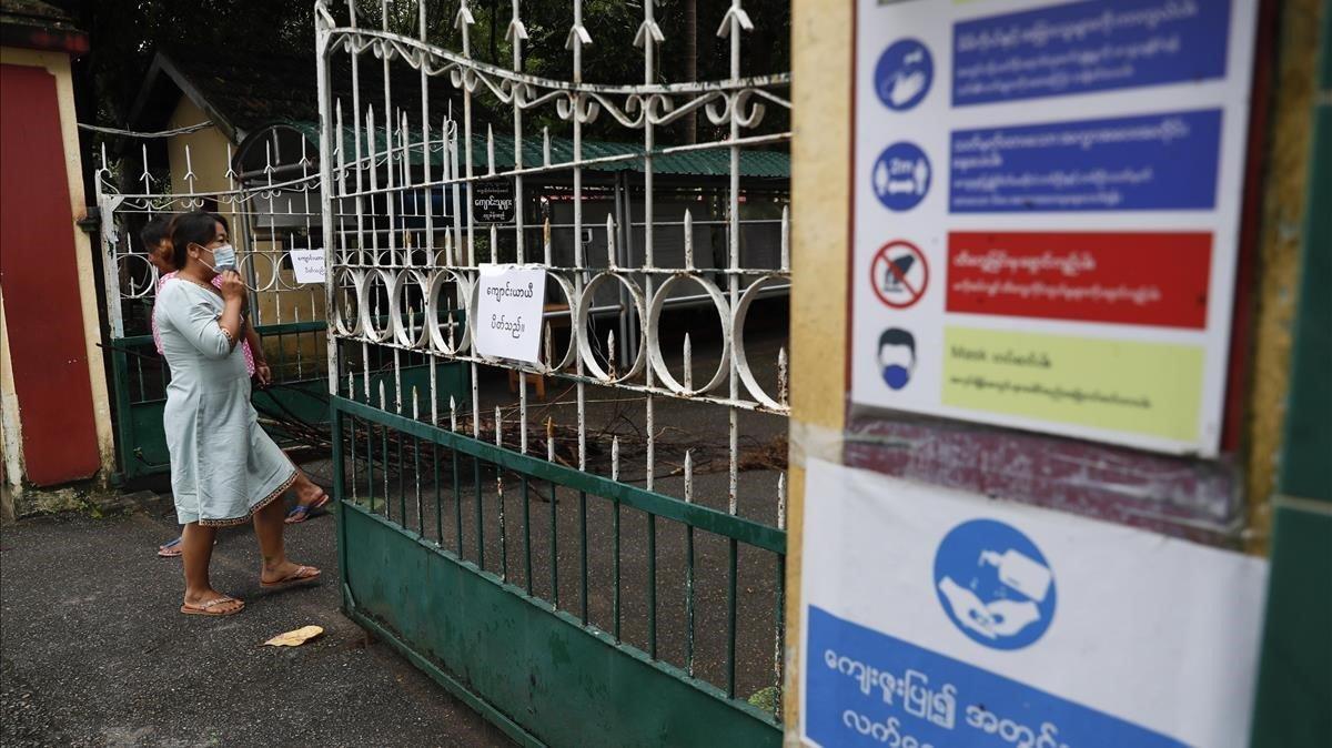 Los institutos birmanos han cerrado sus puertas para contener el coronavirus.