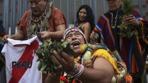 En la ceremonia participaron brujos de la costa, sierra y selva peruana.