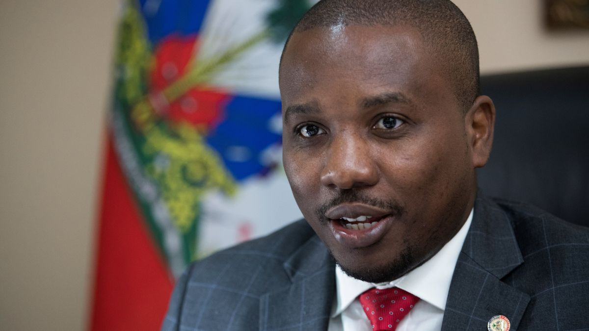 El nuevo primer ministro de Haití, Joseph Jouthe.