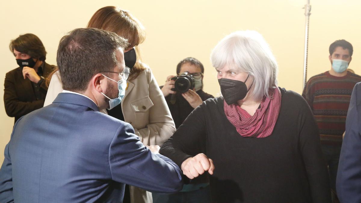 Dolors Sabater con Pere Aragonès en un acto del pasado mes de Marzo