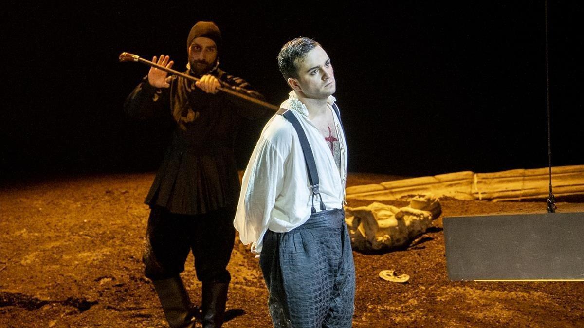 El tenor Xabier Anduaga en un momento de 'Lucrezia Borgia' en el Festival Donizetti de Bérgamo.