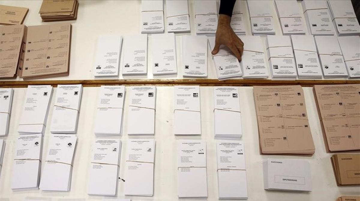Papeletas en un colegio electoral el pasado 20 de diciembre.