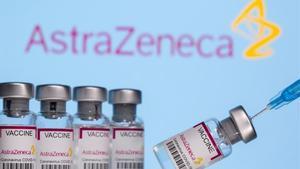 Viales de la vacuna contra el coronavirus de Astra Zeneca.