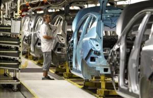 Opel anuncia la paralització de projectes a Saragossa pel conflicte sindical