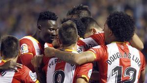 Los jugadores del Girona celebran el gol de Juanpe, que suponía el empate a 3 en Balaídos.