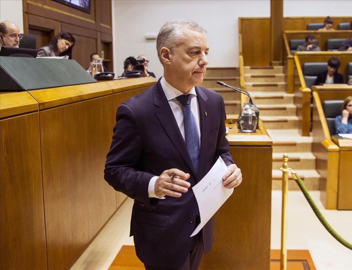 El lendakari,Inigo Urkullu,en el pleno del pasado 7 de febrero, en el Parlamento vasco.