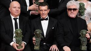 El triomf als Goya segella la reconciliació d'Almodóvar i Banderas