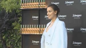 Recientemente la top model confesaba que su relación con el actorBradley Cooperva tan bien que le gustaría volver a vestirse de blanco en un futuro para darle el 'sí, quiero'.