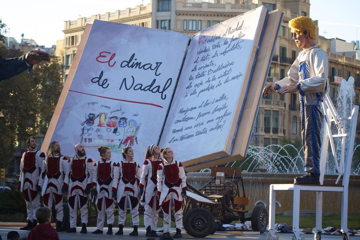 La plaça de Catalunya es converteix en La Ciutat dels Somriures i acull múltiples activitats per a tota la família