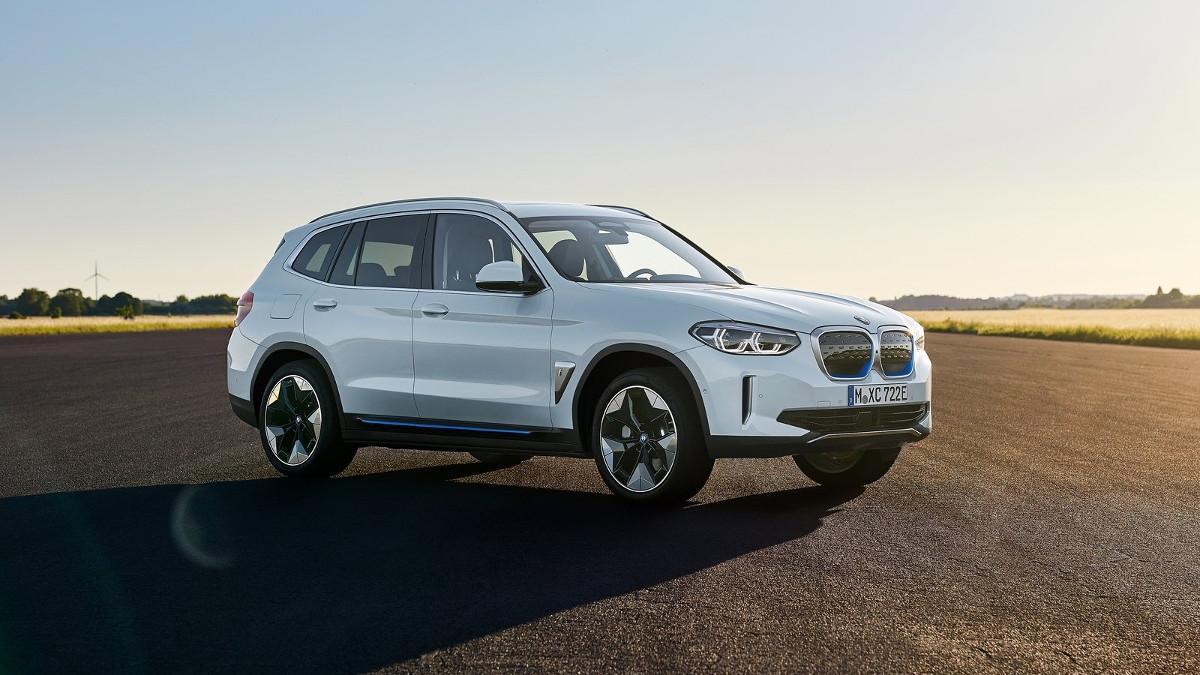 Probamos el BMW iX3: tan bueno como el X3, pero eléctrico