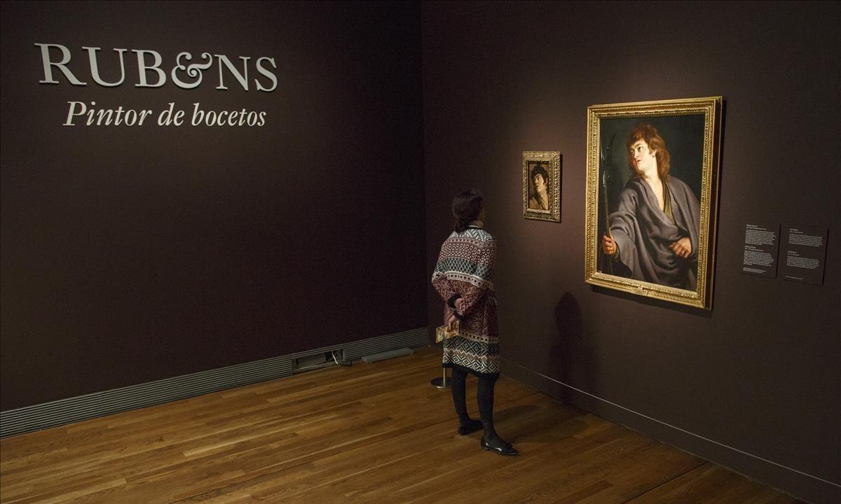 El inicio de la exposición 'Rubens, pintor de bocetos', con un óleo de 'San Mateo'del pintor flamenco.