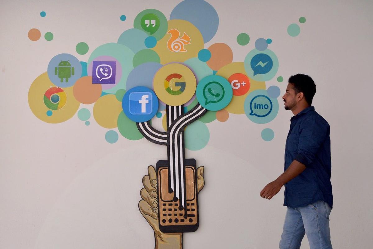 Día del Libro: 5 lecturas imprescindibles para dominar las redes sociales
