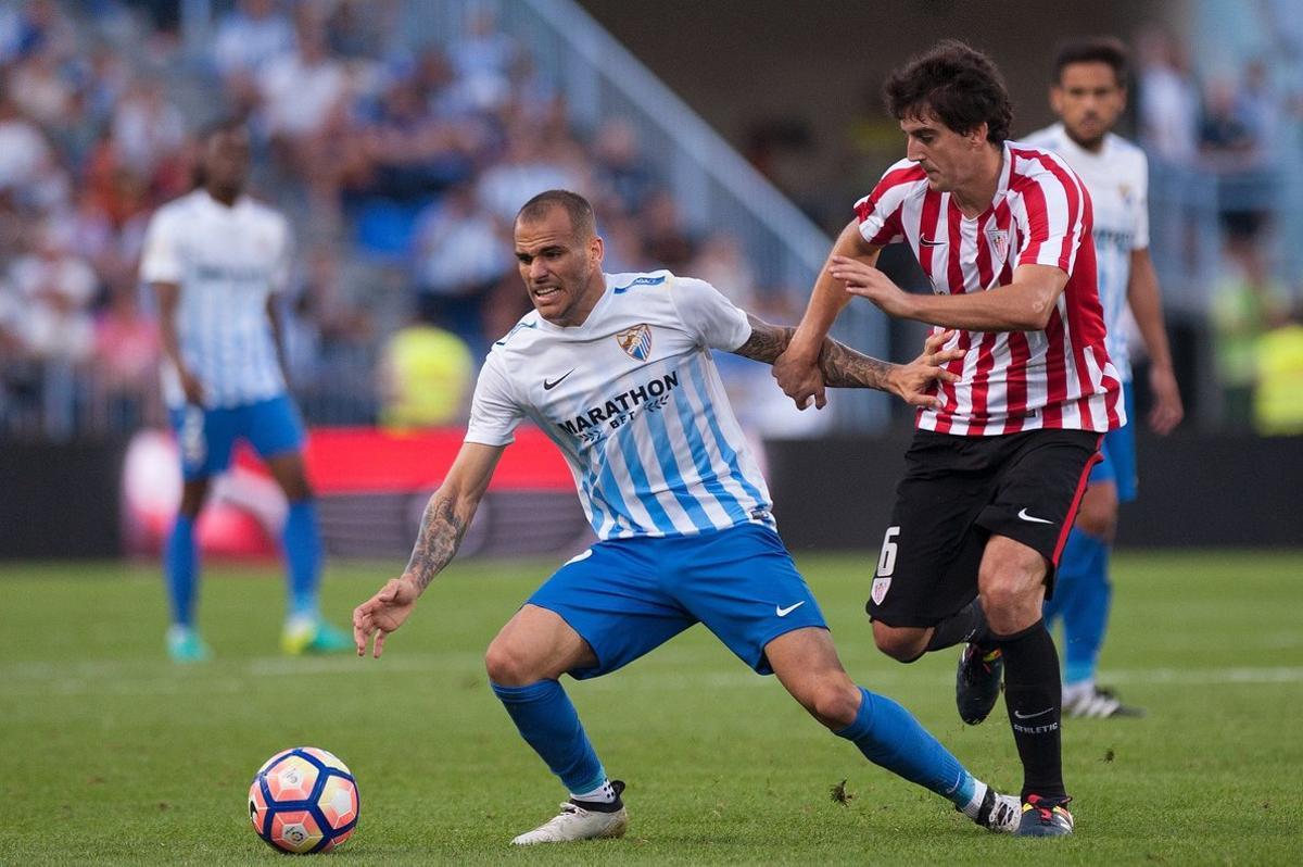 San José, junto a Sandro, en el Málaga-Athletic de la pasada temporada.