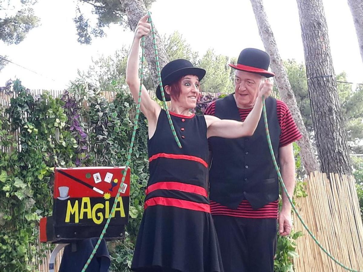 El Poble Espanyol dedica les tardes dels dissabtes a 'Màgia Junior ¡A la fresca!'