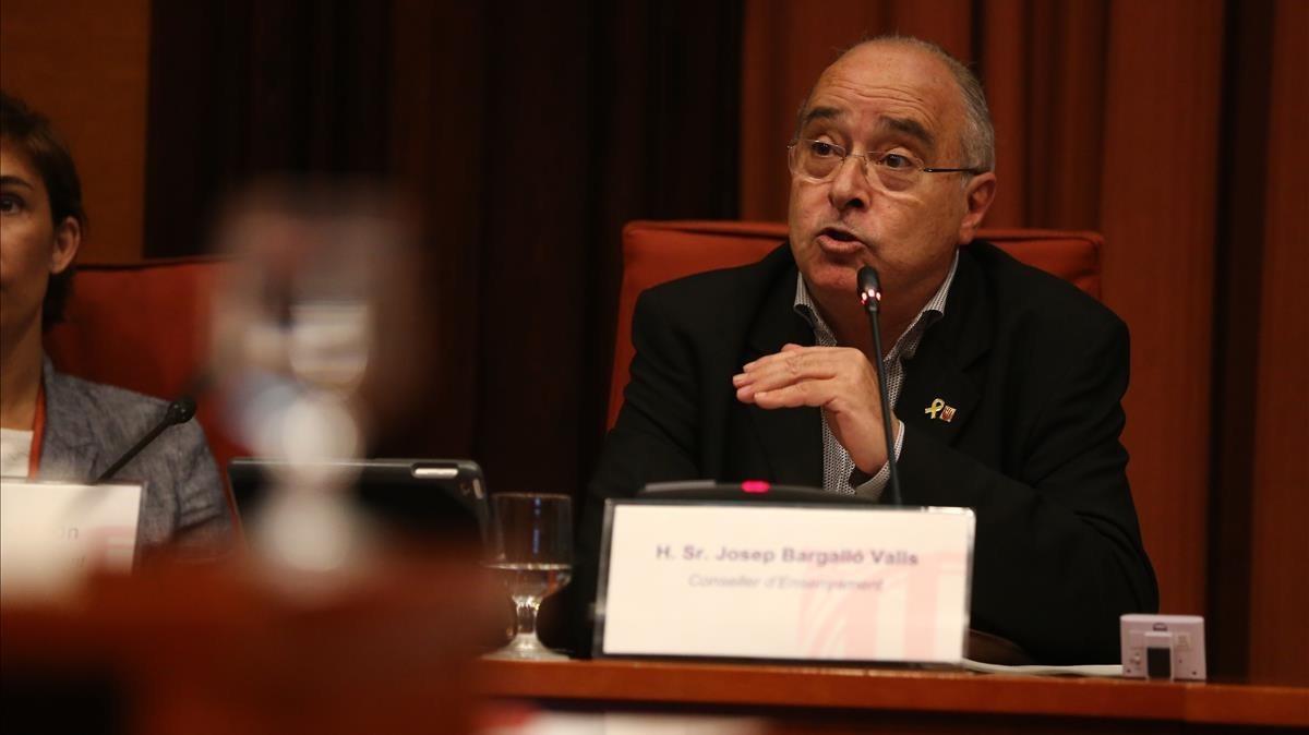El 'conseller' de Ensenyament, Josep Bargalló, en el Parlament, este lunes.