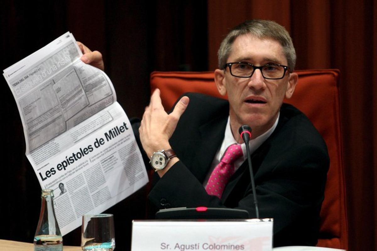 El exdirector de la Fundació CatDem, Agustí Colomines, en julio del 2010, ante la comisión de investigación del Parlament de Catalunya sobre el desvío de fondos del Palau de la Música.