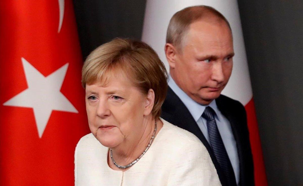 Angela Merkel y Vladimir Putin, en un encuentro en octubre del 2018.
