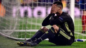 Cristiano Ronaldo, acorralat