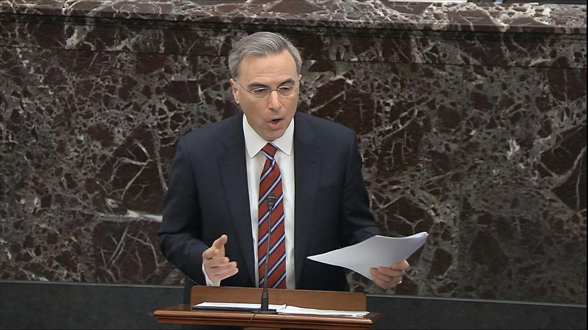 El abogado de la Casa Blanca, Pat Cipollone, durante su intervención este sábado en el juicio político a Trump en el Senado.