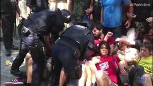 Els mossos blinden un desnonament a Sant Antoni