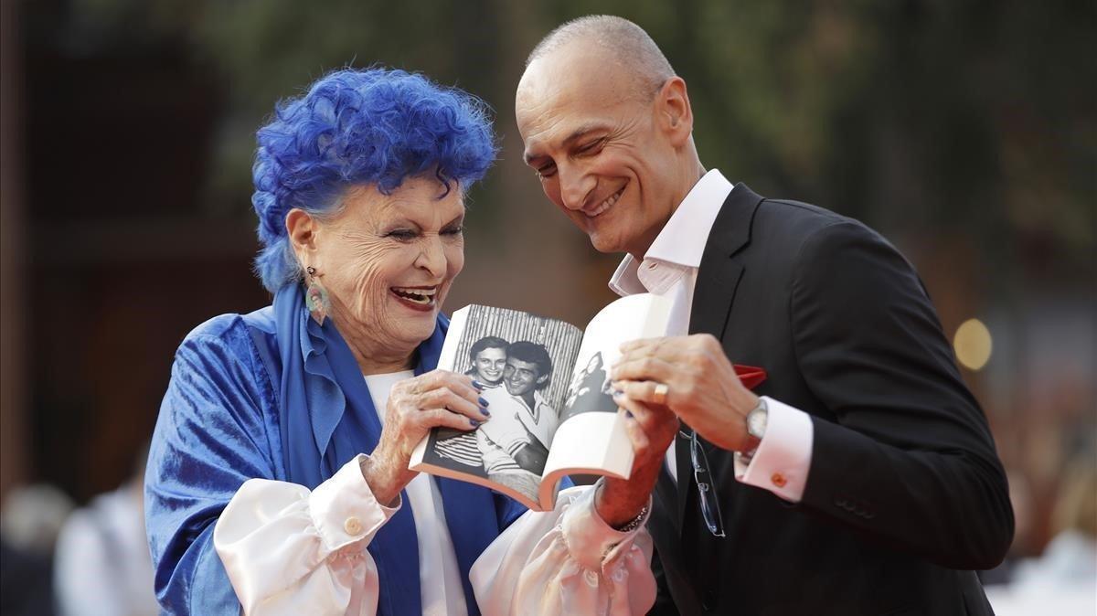 Lucía Bosé y el escritor Robert Liberatori, el miércoles en Roma.