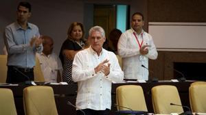 El presidente cubano, Miguel Díaz-Canel, durante una sesión extraordinaria de la Asamblea Nacional Cubana.