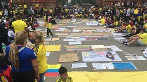 Concentración pacífica contra la represión en el Arc de Triomf de Barcelona.