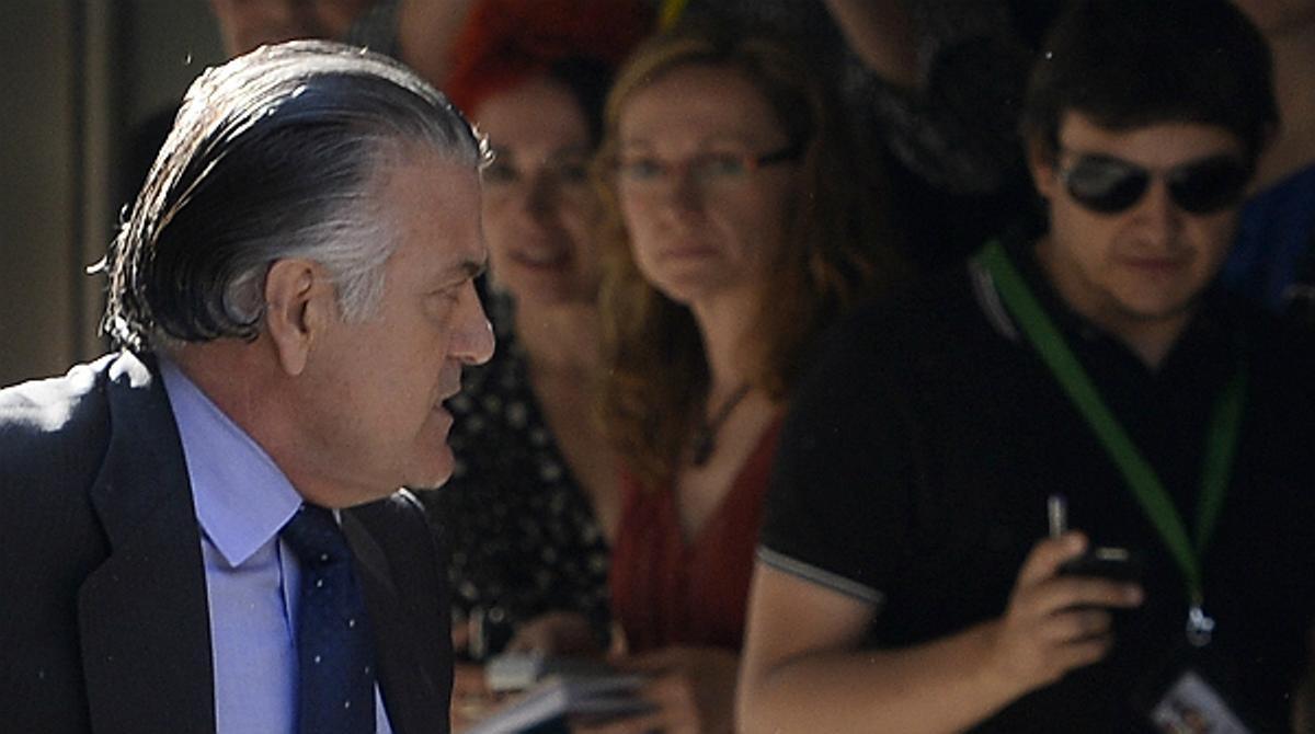 Luis Bárcenas y su mujer han llegado este jueves a la Audiencia Nacional para declarar por los nuevos delitos que se les imputan.