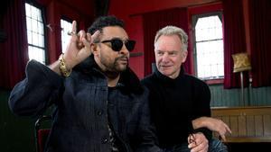El músico británico Sting y el cantante jamaicano Shaggy, durante la entrevista con motivo de la presentación de su nuevo álbum '44/876'.