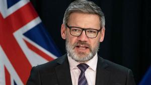 Iain Lees-Galloway fue destituido portener una relación inapropiada a su cargo político.
