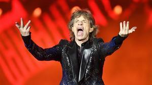 Mick Jagger se recupera de su operación al corazón.