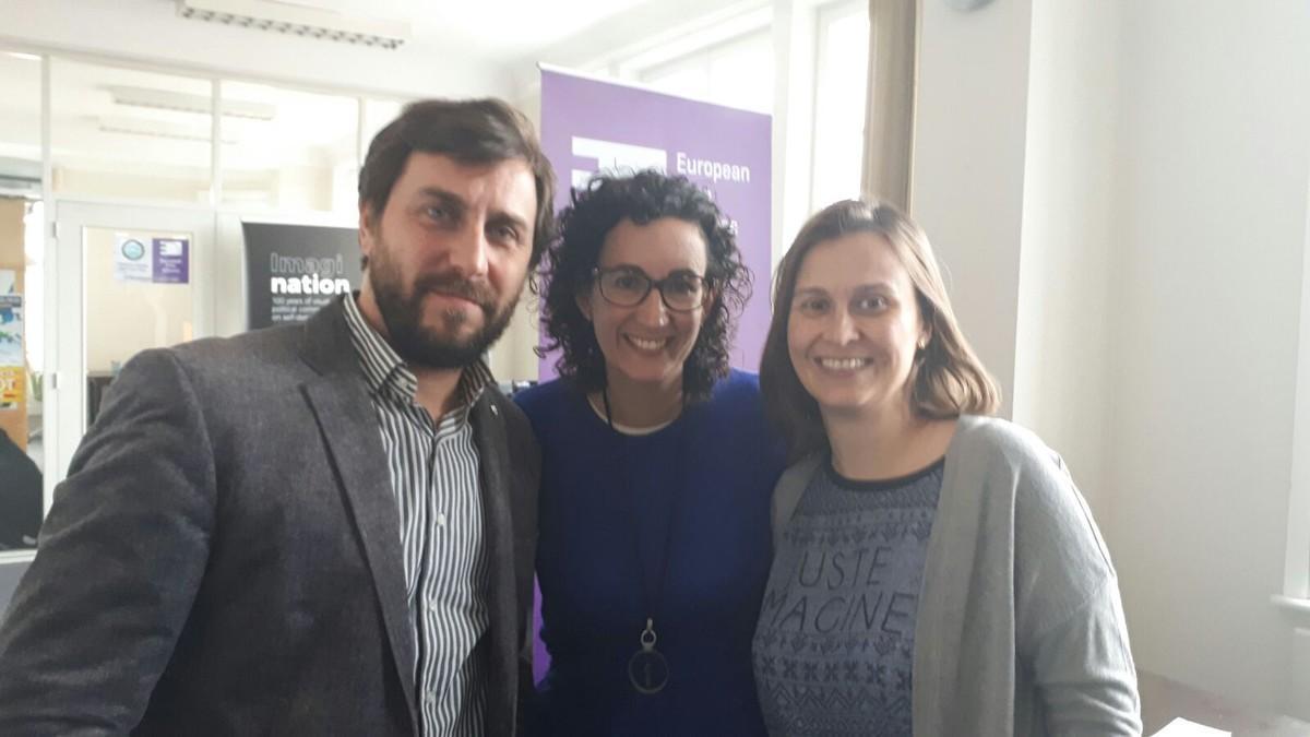 Marta Rovira, junto a los'exconsellers' Toni Comín y Meritxell Serret.