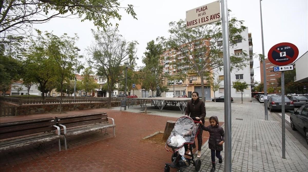 La plaza de lasÀvies i Avis de Sabadell.