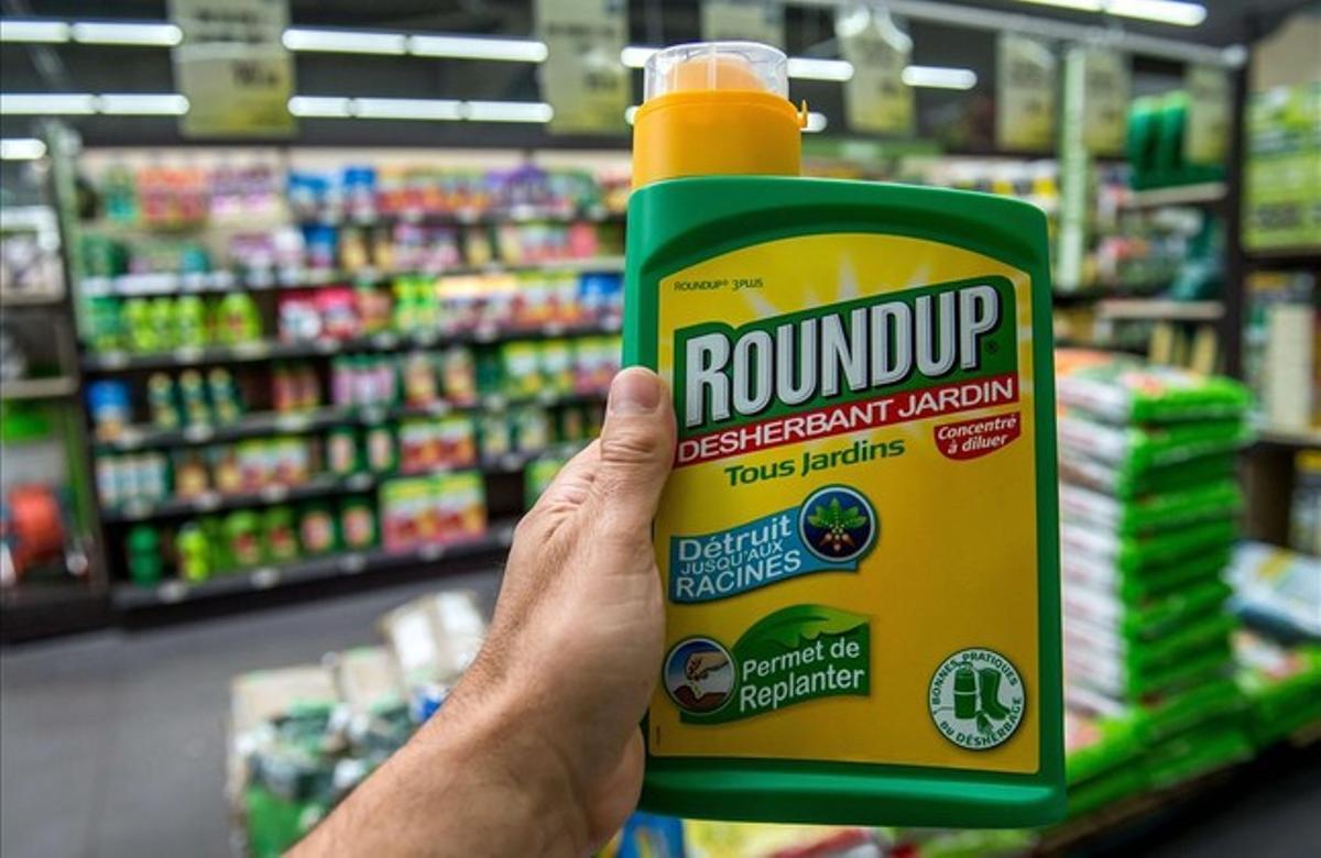 El herbicida con glifosato de Bayer Roundup.