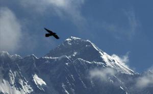 El coronavirus trepitja l'Everest: tancat per Covid-19