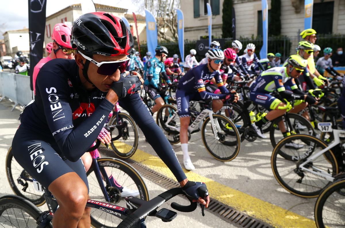 Egan Bernal, en la salida de la primera etapa de la Estrella de Bessèges, en Francia.